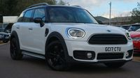 <strong>MINI</strong> COUNTRYMAN